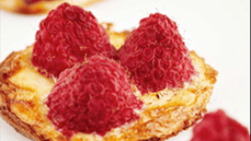 Tartlets with raspberries and Timmermans Framboise