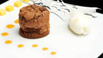Valrhona Caraïbe chocolate fondant, babelutte syrup and a sorbet of Martin's Pale Ale / pink grapefruit