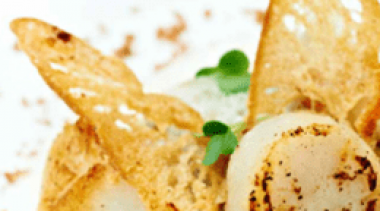 Fried scallops wrapped in white bacon, caramelised chicory, emulsion of Gordon Finest Platinum
